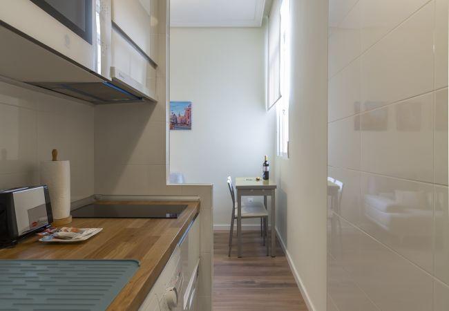 Apartment in Madrid - Apartment Downtown Madrid Chueca-Malasaña M (BRC40)