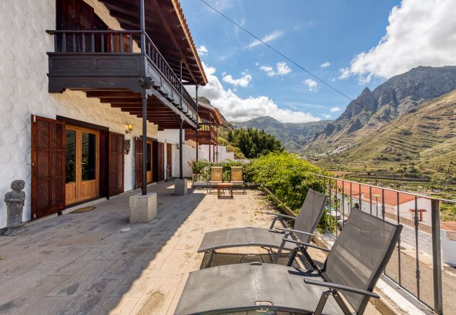 House in Agaete - COUNTRY HOUSE WITH INCREDIBLE VIEWS, TERRACES, BALCONY, SAUNA AND WIFI
