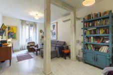 Apartment in Madrid - Apartment Madrid Downtown Tribunal-Malasaña-Chueca M (EST8)