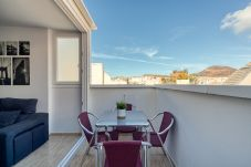 Apartment in Las Palmas de Gran Canaria - Penthouse with terrace. Mountain and sea views