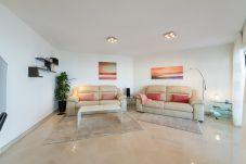 Apartment in Bahia Feliz - Luxury with big terrace sea front