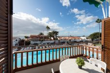 Apartment in Playa del Ingles - Veril house with Pool&Terrace By CanariasGetaway