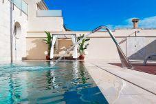 Villa in Palma  - 'Rainbow Home' - Luxus, 5 minutes away from Palma