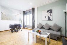 Apartment in Madrid - CONDE DUQUE 02