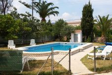 Villa in Ametlla de Mar - Villa Ametlla 24:Fenced Private Pool-Garden with BBQ-Near Beaches Las 3 Calas-Free Wifi