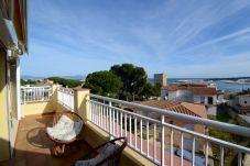 Апартаменты на L'Escala - RIELLS DE MAR C ATIC