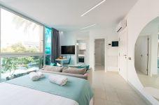 Апартаменты на Лас Пальмас де Гран Канариа / Las Palmas de Gran Canaria - Edison 302 by CanariasGetaway
