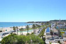 Lägenhet i La Pineda - Turquesa 4:300m playa-Centro La Pineda-Piscina-Wifi y Ropa GRATIS-Climatisación disponible