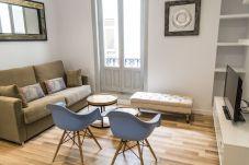 Lägenhet i Madrid - Modern Madrid Downtown Puerta Del Sol M (PRE4B)