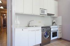 Lägenhet i Barcelona - SANT ANTONI, piso bonito, tranquilo y muy bien situado en Barcelona centro.