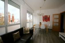 Lägenhet i Barcelona - PLAZA ESPAÑA DELUXE & FIRA, piso en alquiler por días muy bonito y luminoso, vistas a Plaza España, Barcelona.