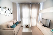 Lägenhet i Madrid - M (JMC 5) APARTMENT 1 ROOM 2 PAX PARKING BERNABEU STADIUM - MADRID BUSINESS CENTER