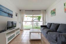 公寓 在 San Bartolomé de Tirajana - Las Adelfas South Beach 2 by CanariasGetaway